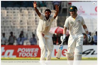 R-Ashwin-Michael-Clarke-IND-vs-AUS-1st-Test