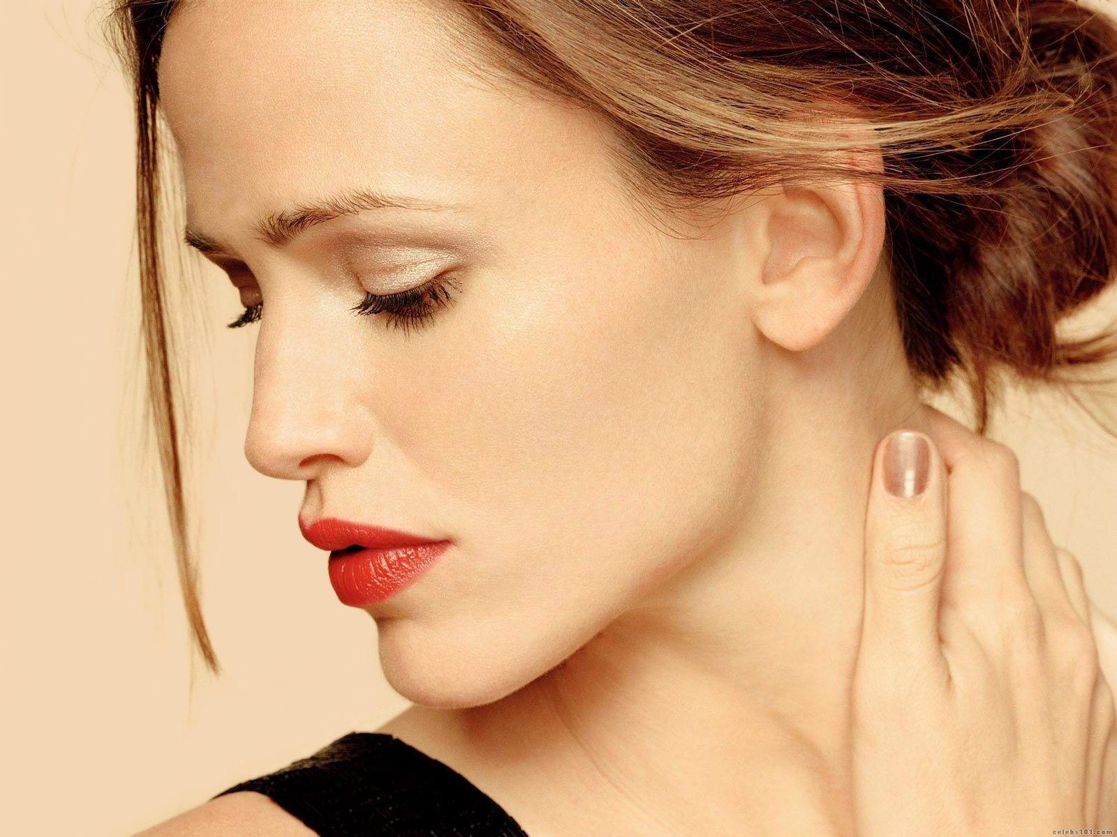 http://4.bp.blogspot.com/-aLUIuEig4tU/TyTc-k2v9eI/AAAAAAAACP0/pannIJ0O1GU/s1600/Jennifer-Garner-Hot-Wallpapers-.jpg
