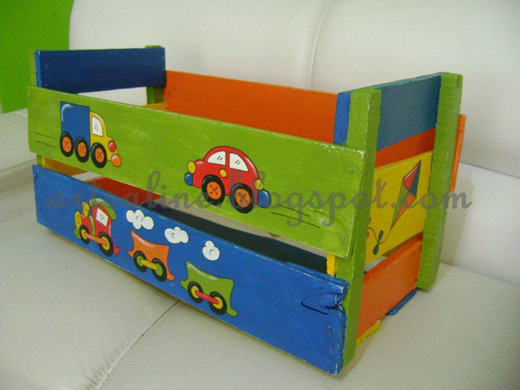 #BE4408 Amor de Cereja: Caixote de feira = caixa para Brinquedos!!! 1024x768 px caixa de madeira com tecido como fazer @ bernauer.info Móveis Antigos Novos E Usados Online