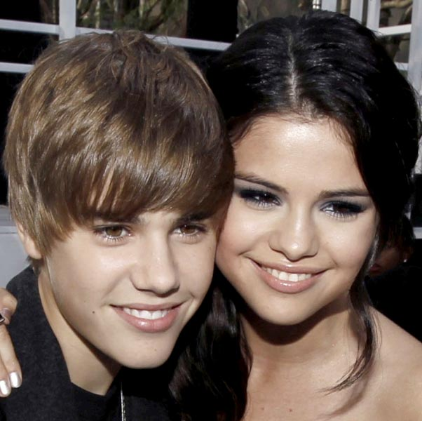 justin bieber selena gomez billboard 2011. It looks like Justin Bieber