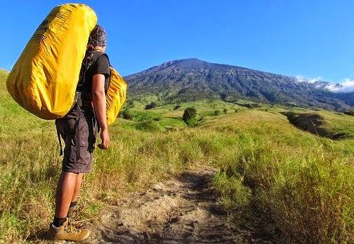 cara packing tas gunung