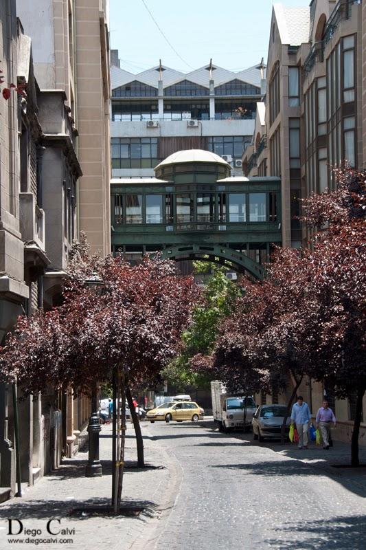 Paseo por las calles de santiago de chile chile apuntes for Decoracion hogar santiago chile