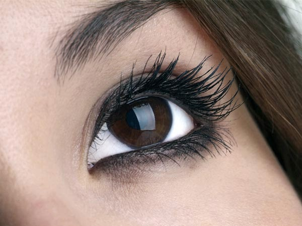 How To Get Beautiful Eyes With Kajal