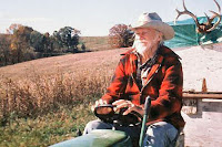 "Richard Farnsworth riding on tractor in David Lynch's movie ""The Straight Story"""