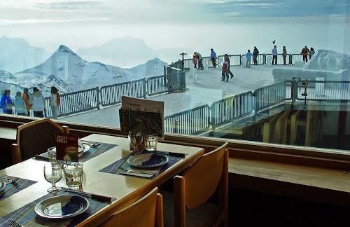 Restaurante giratório Piz Gloria - Suíça