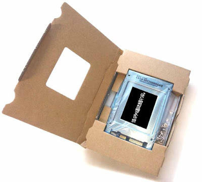 CSSD-S6T256NHG6Q 梱包材を開封