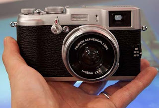 x100 camera
