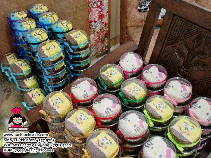Mini Cake Souvenir Ulang Tahun Anak Hello Kitty, Spongebob dan Minion