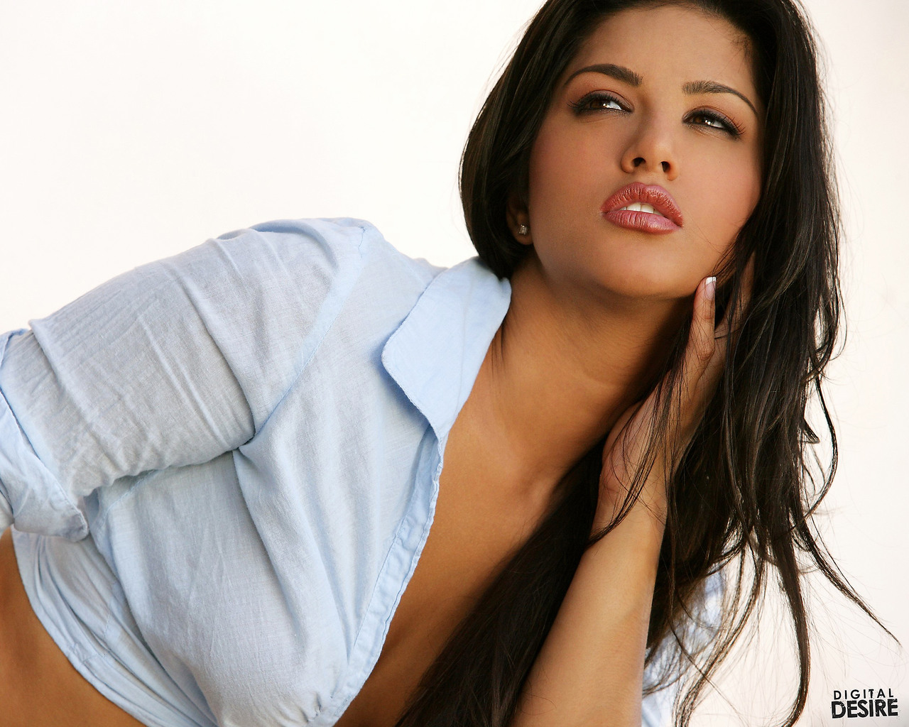 Sunny Leone Wallpapers for Mobile, Sunny Leone Free Download Mobile ...
