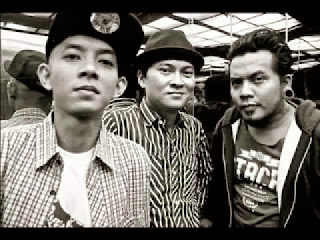 free download lagu mp3 Kampung Halaman - Endank Soekamti   + syair dan Lirik serta gambar kunci chord gitar lengkap terbaru 2013 , Video Klip