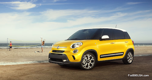 Fiat 500L Trekking on Beach