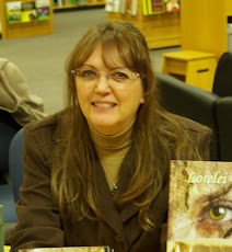 Author Lorelei Bell