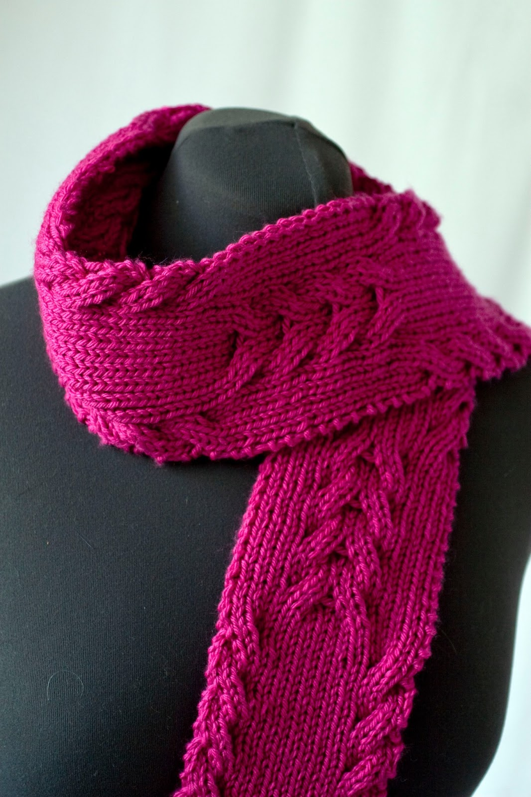 Cascade Yarns Blog: Reversible Cabled Scarf - 220 Superwash Aran