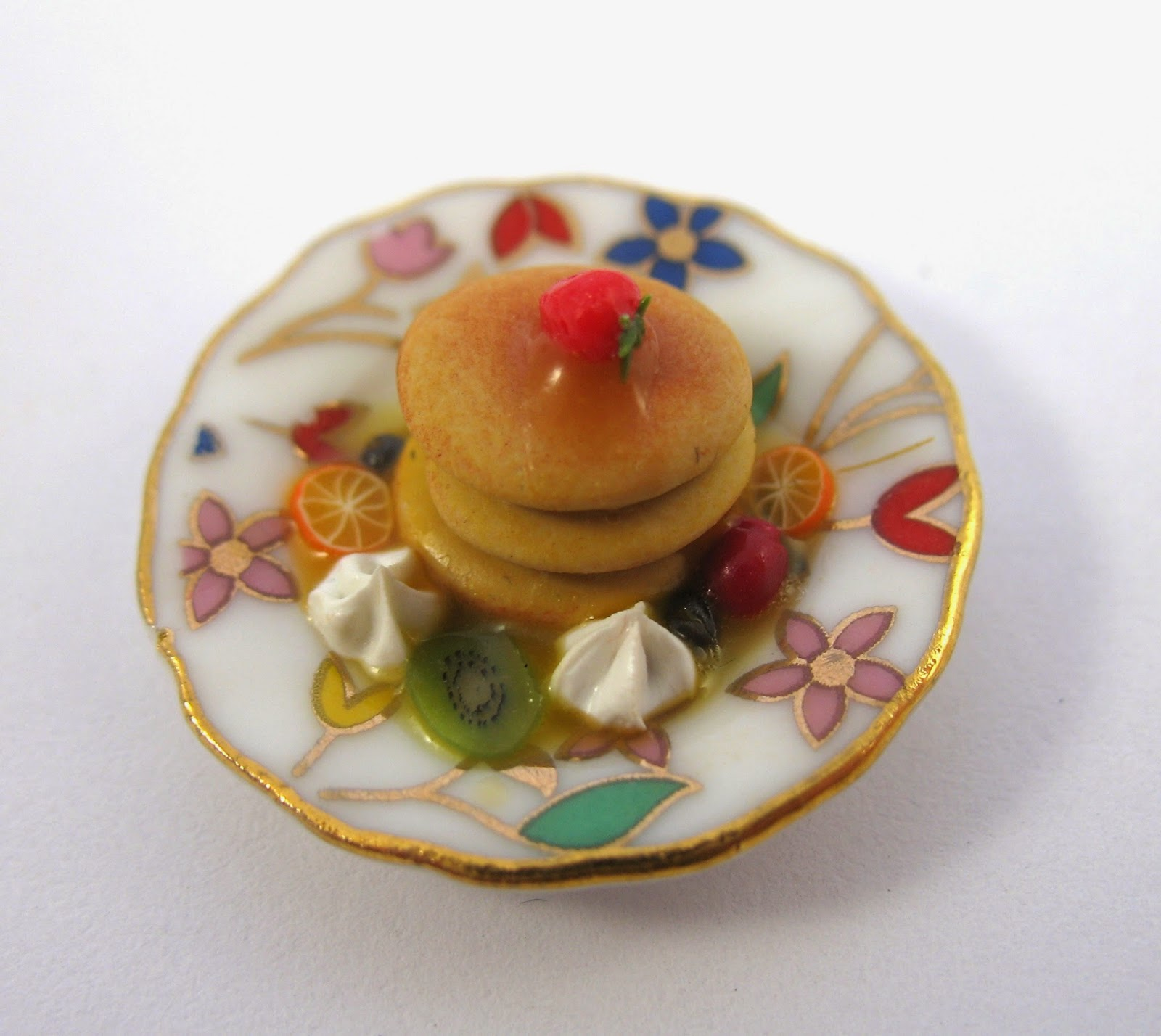 http://littletimewasters.blogspot.co.uk/2015/02/miniature-pancake-tutorial.html