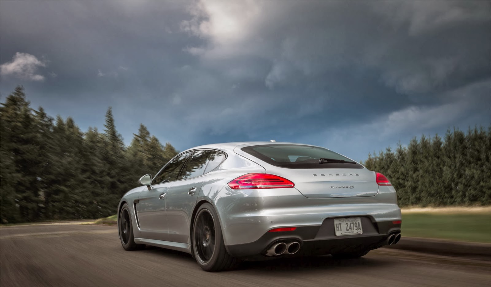 the 2014 panamera gts now accelerates from zero to 60 mph one tenth of a second faster 42 seconds