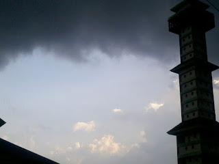 mau turun hujan