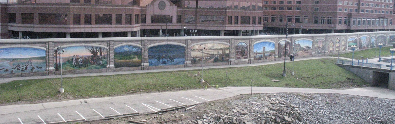 The Floodwall Murals In Covington, Kentucky, Face Cincinnati Across The Ohio  River. Photo: Trudy E. Bell, 2009 Part 34