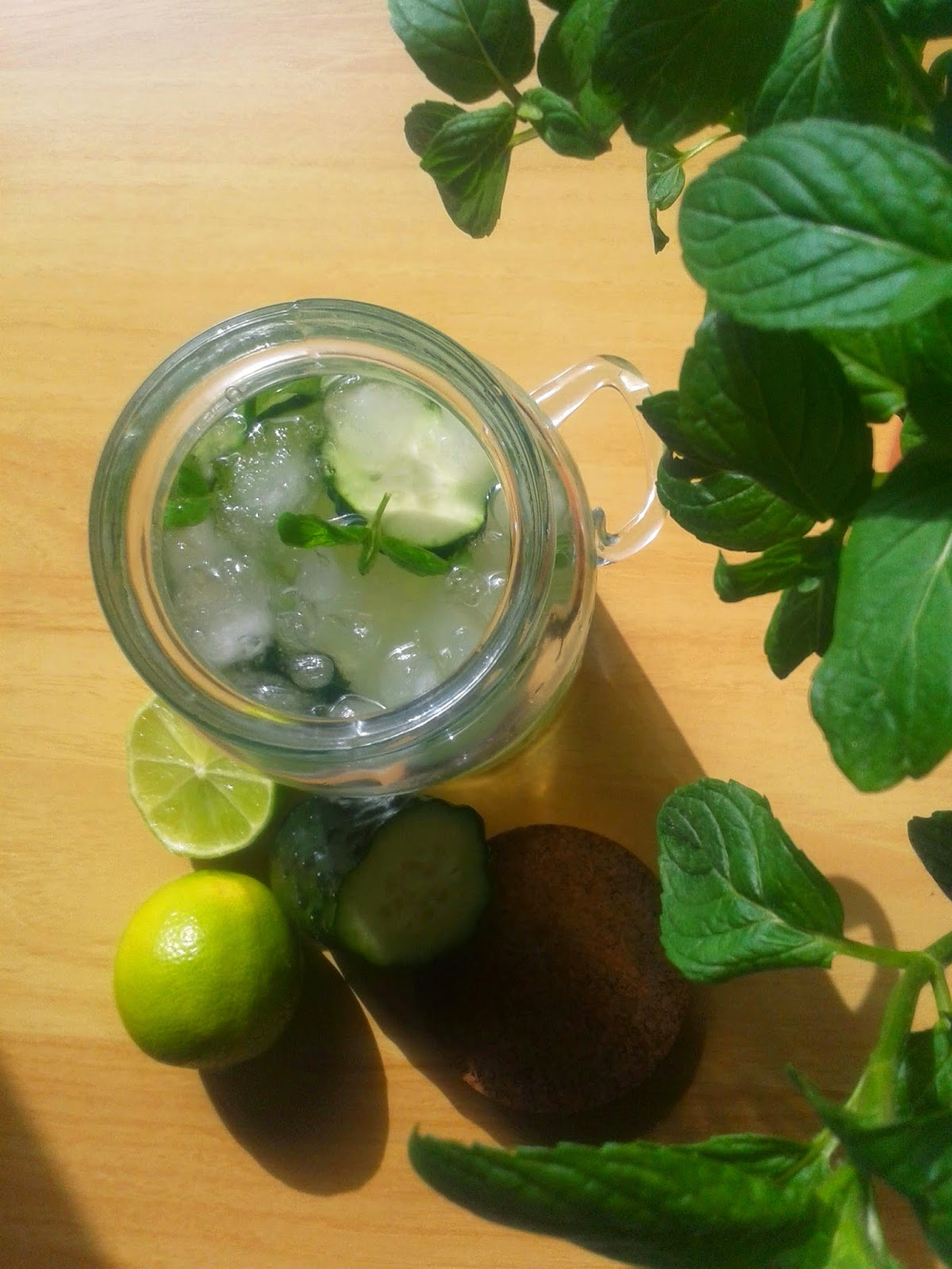 cucumber mint lime infused water