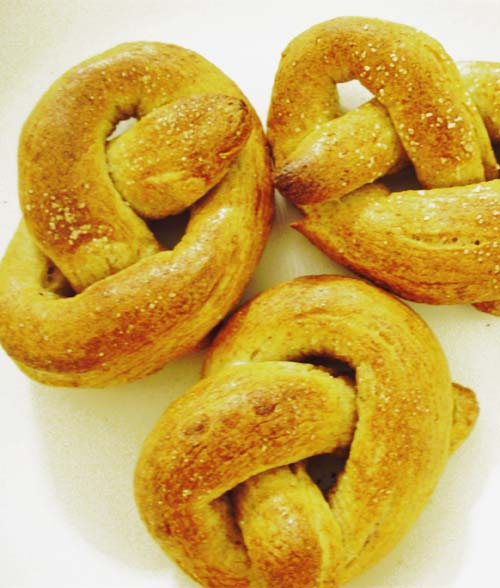 Golden Homemade #Pretzels.  Click For Recipe