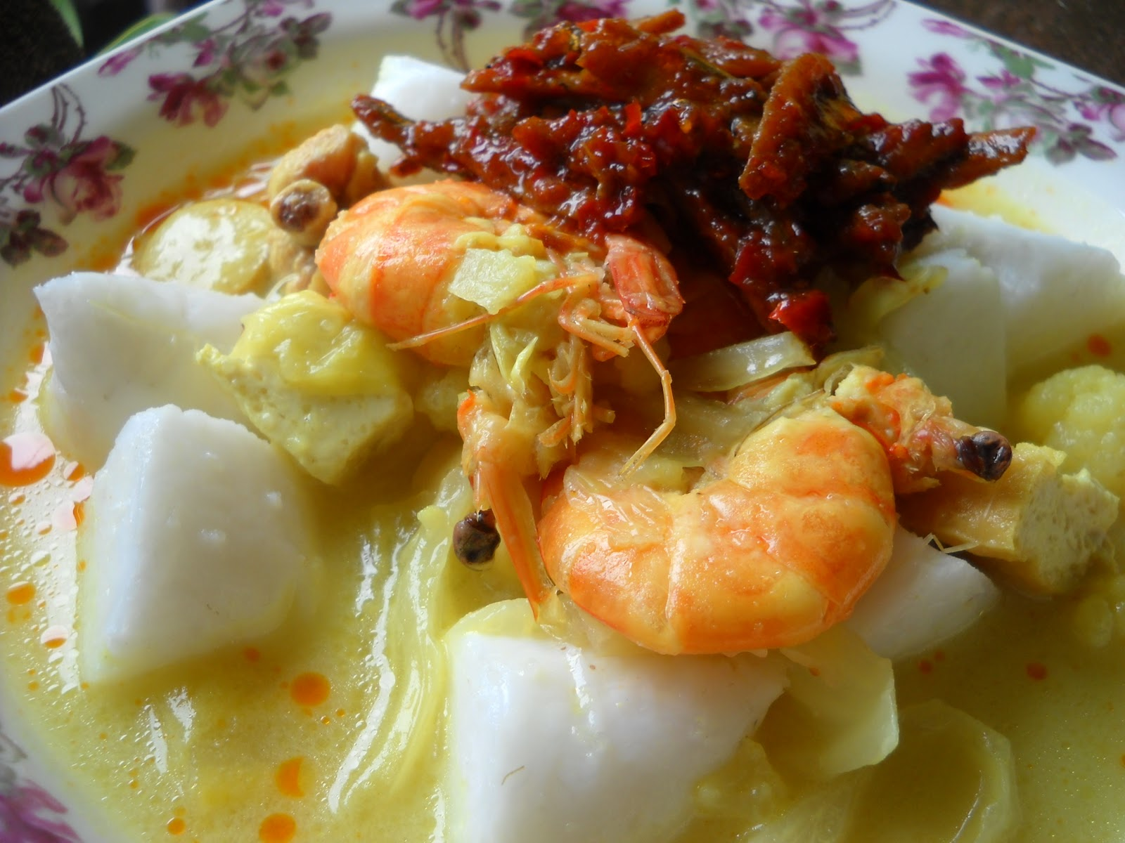 Cooking with soul ..LONTONG/KUAH LODEH