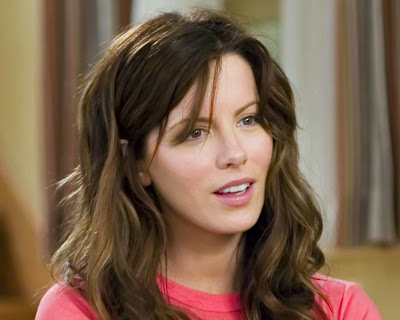 Kate_Beckinsale_wallpaper_7