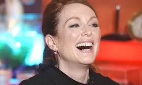 Julianne Moore-300x190