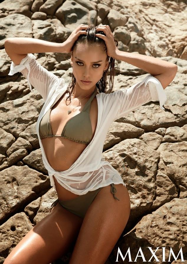La actriz Jessica Alba en Maxim