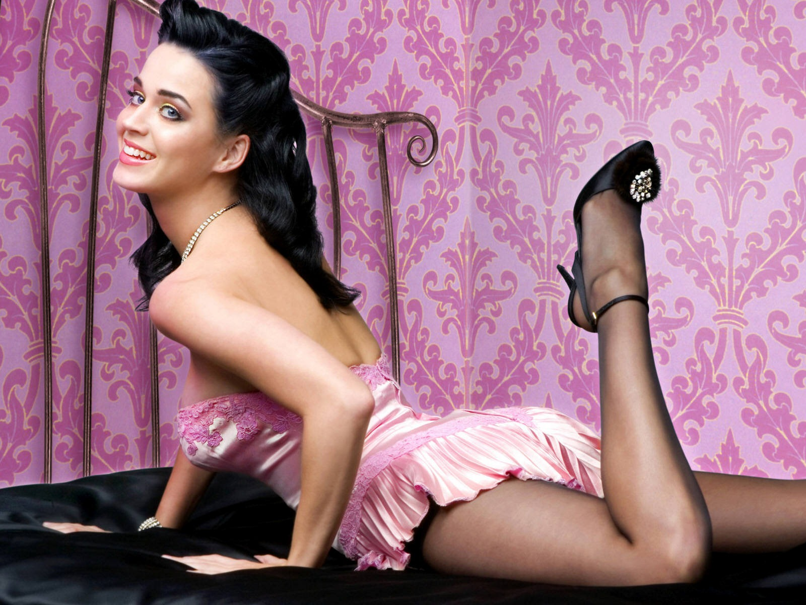 Hollywood Star: Katy Perry hd Wallpapers 2012