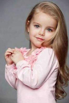 Model gaya rambut panjang anak perempuan 2301148