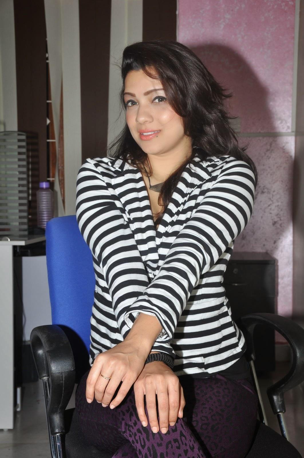 Actress Pari Nidhi Glam photos Gallery-HQ-Photo-1