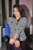 Actress Pari Nidhi Glam photos Gallery-thumbnail-1