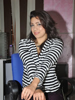 Actress Pari Nidhi Glam photos Gallery-cover-photo