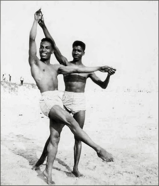african-americans-gay-marriage-naked