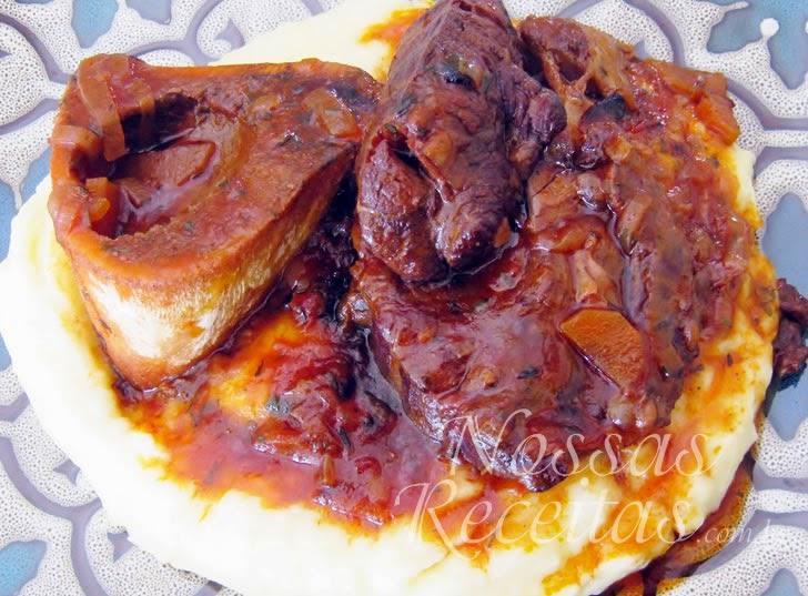 Receita de ossobuco preparado com tomates