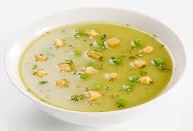 Sopa de Arvejas con Embutidos.