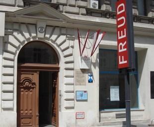 Exterior del museo Sigmud Freud