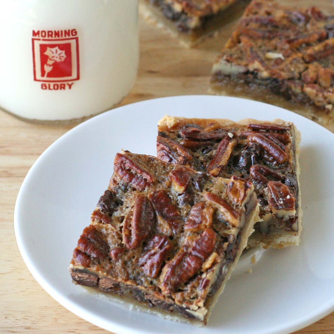 Chocolate Pecan Pie Bars – Glorious Treats