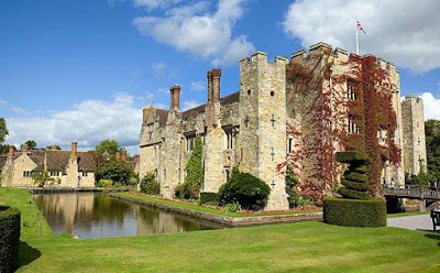 Hever Castle, Ann Boleyn, Ghost, Haunted, Paranormal, Activity, spirit.