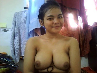 foto bugil cewek manis dalam webcam YM-ku
