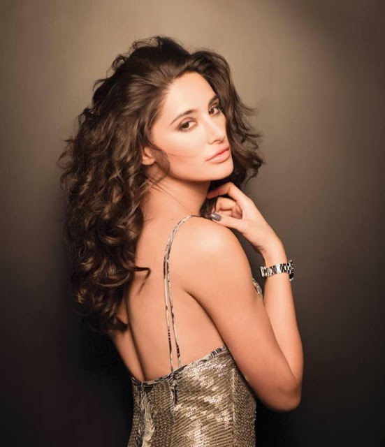 http://www.funmag.org/bollywood-mag/nargis-fakhri-photoshoot-for-lofficiel-magazine-january-2014/