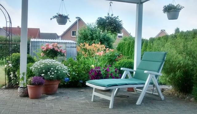 sân vườn nhỏ