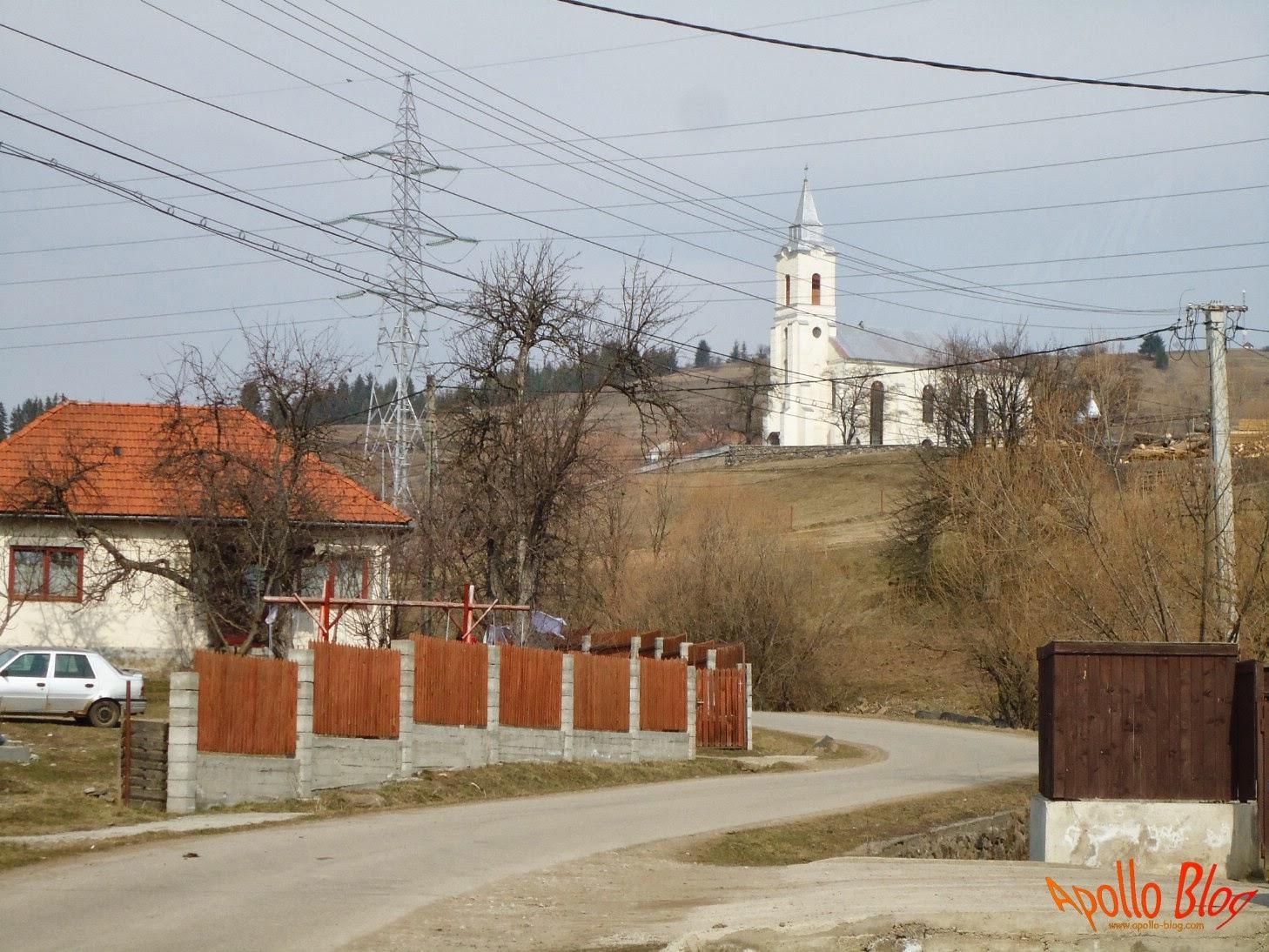 Biserica din Sarmas