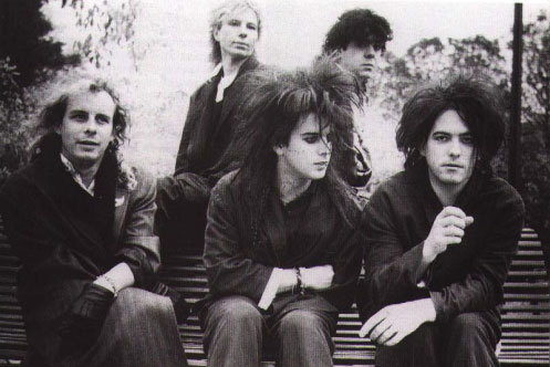 band-band-pics-bands-love-robert-smith-the-cure-Favim.com-53582.jpg