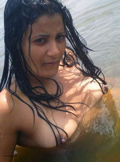 Desi Girls Naked On Beach
