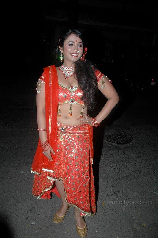 bhojpuri item girl hot photo
