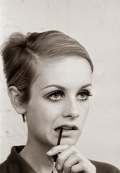 vintage twiggy pictures