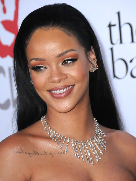 """Rihanna reúne a celebridades en la segunda edición del Diamond Ball y habla sobre """"ANTI""""."""