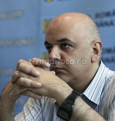 [Imagine: raed_arafat_ministerul_sanatatii__1.jpg]
