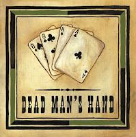 La mano del hombre muerto