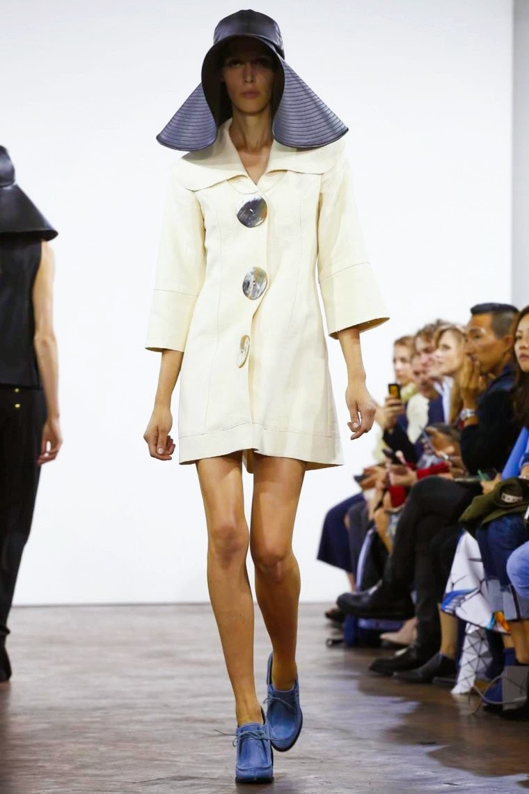 jw anderson spring summer 2015, jw anderson ss15, jw anderson, jw anderson ss15 lfw, jw anderson lfw, lfw, lfwss15, lfw2014, fashion week, london fashion week, du dessin aux podiums, dudessinauxpodiums, vintage look, dress to impress, dress for less, boho, unique vintage, alloy clothing, venus clothing, la moda, spring trends, tendance, tendance de mode, blog de mode, fashion blog,  blog mode, mode paris, paris mode, fashion news, designer, fashion designer, moda in pelle, ross dress for less, fashion magazines, fashion blogs, mode a toi, revista de moda, vintage, vintage definition, vintage retro, top fashion, suits online, blog de moda, blog moda, ropa, asos dresses, blogs de moda, dresses, tunique femme,  vetements femmes, fashion tops, womens fashions, vetement tendance, fashion dresses, ladies clothes, robes de soiree, robe bustier, robe sexy, sexy dress